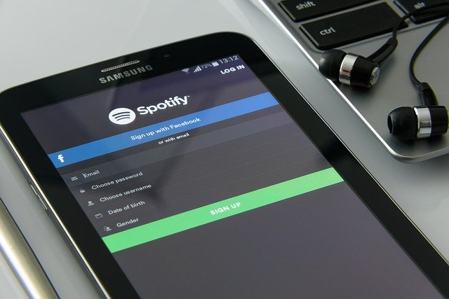 spotify is discontinuous innovation